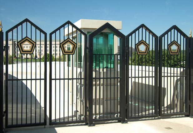 Pentagon Fence by Iron World Fencing